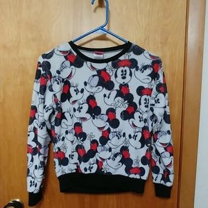 🦋3/$10 Disney sweatshirt